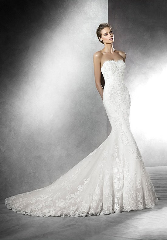 Pronovias Deutsland 22932