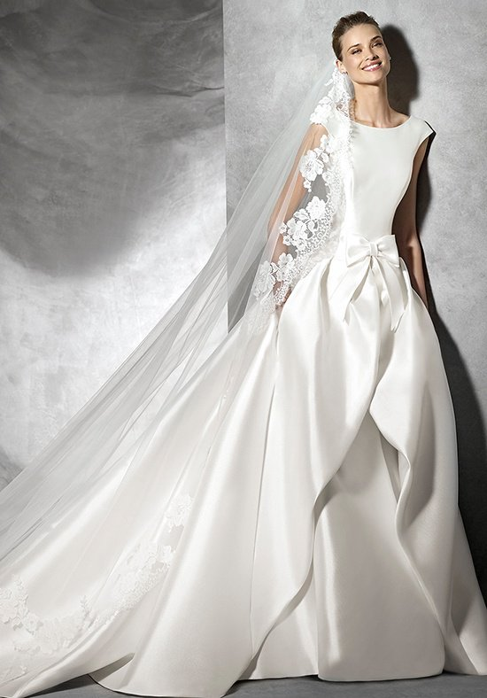 Pronovias Fashion Group 23832