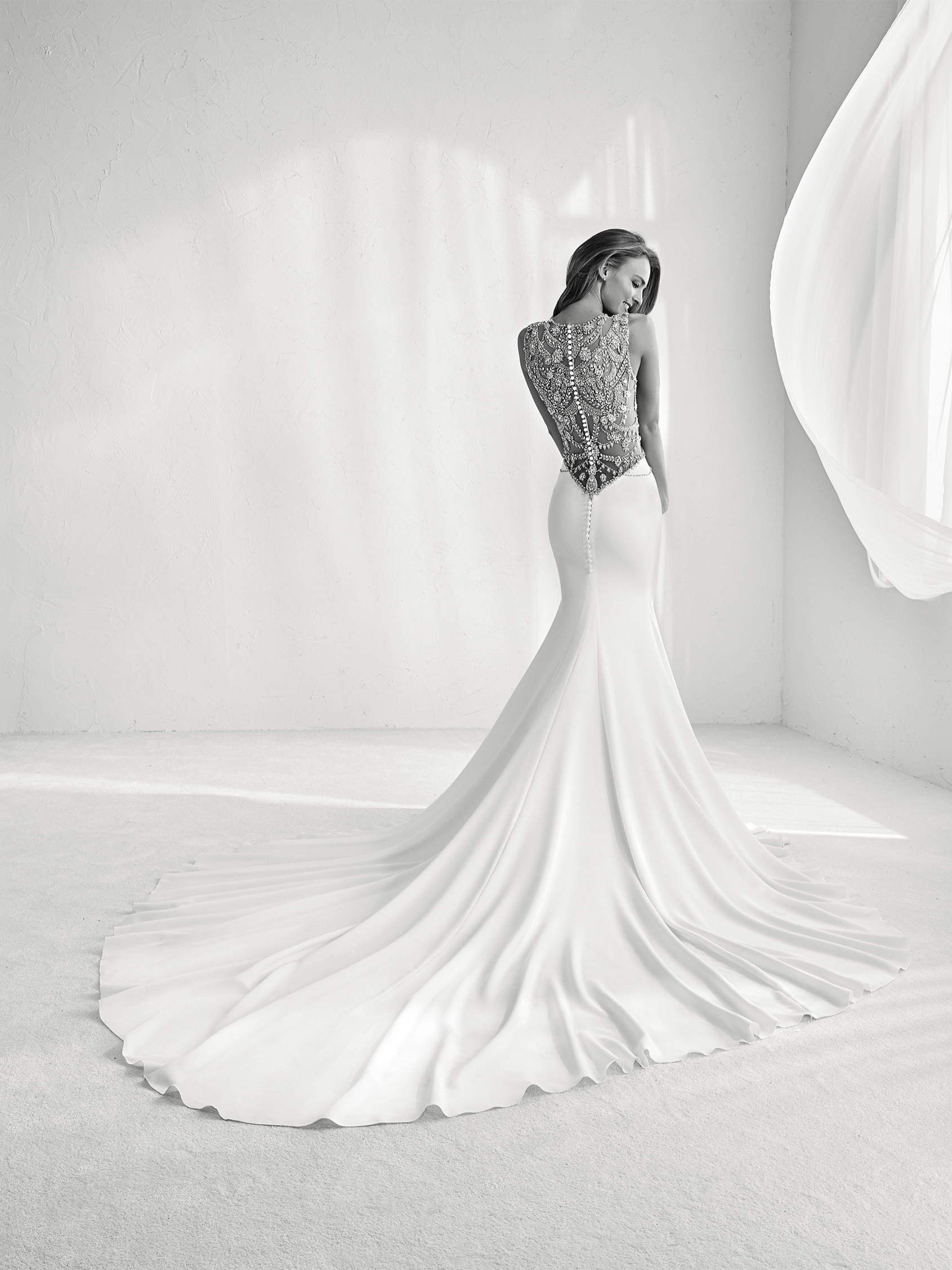 Pronovias Fashion Group 24797