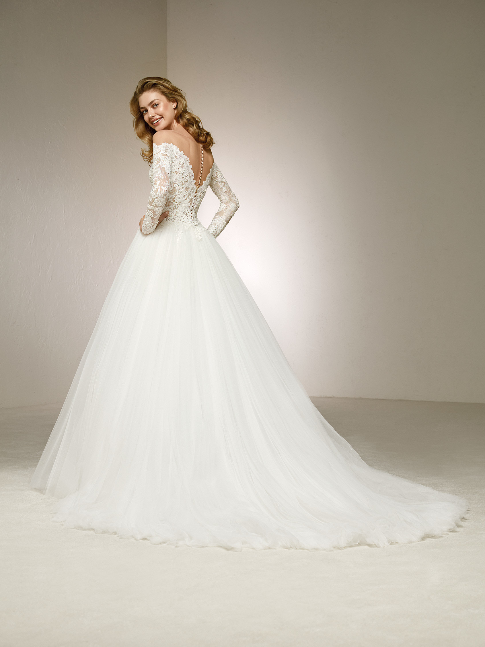 Pronovias Fashion Group 12251