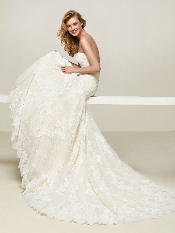 Pronovias Fashion Group 24782