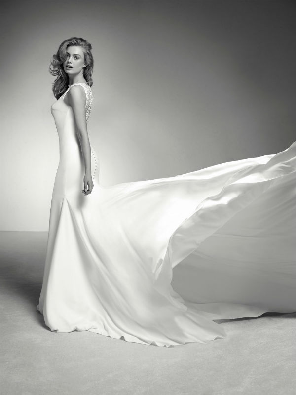 Pronovias Deutsland 25639