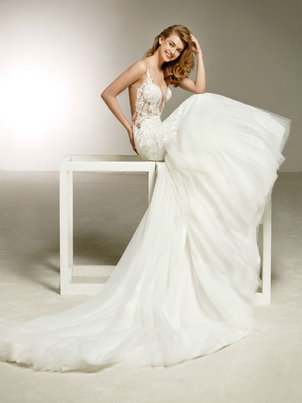 Pronovias Fashion Group 25435