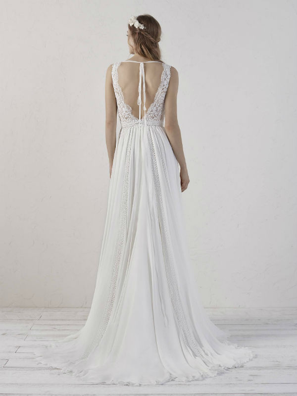 Pronovias Deutsland 26978