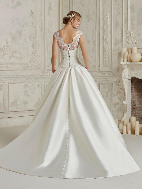 La Sposa Pronovias 18359