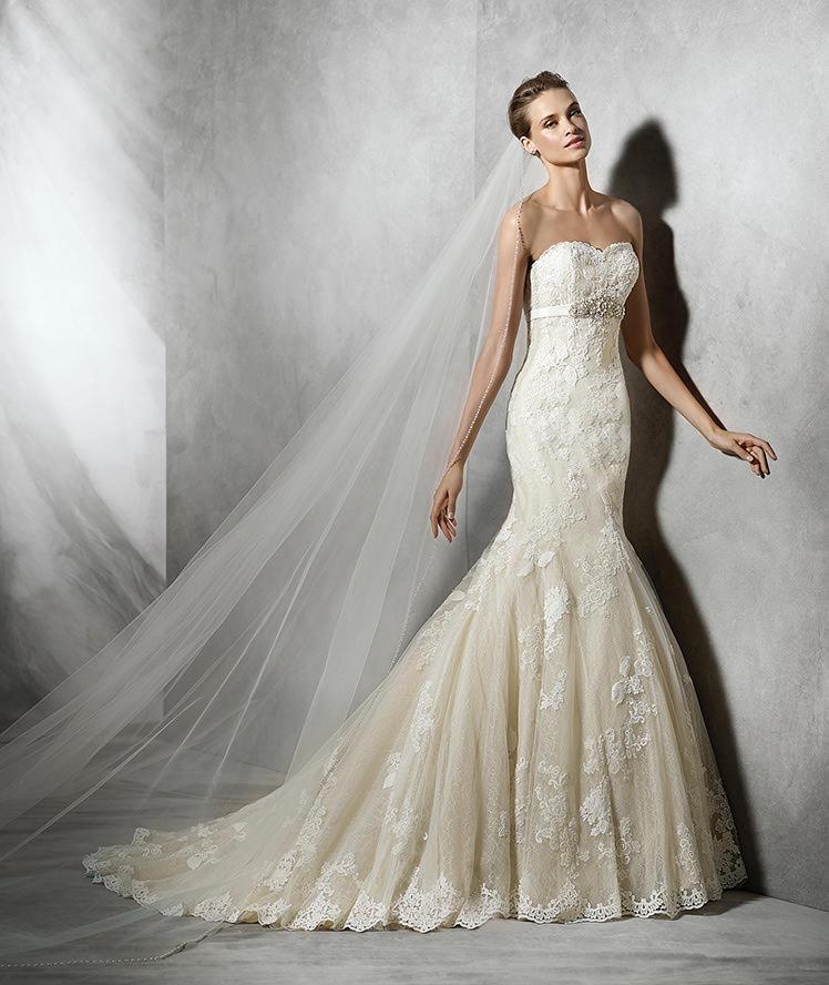 Pronovias Fashion Group 22920