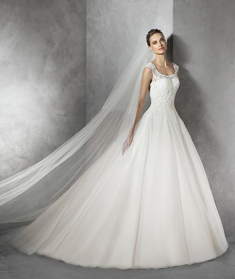 Pronovias Fashion Group 22930