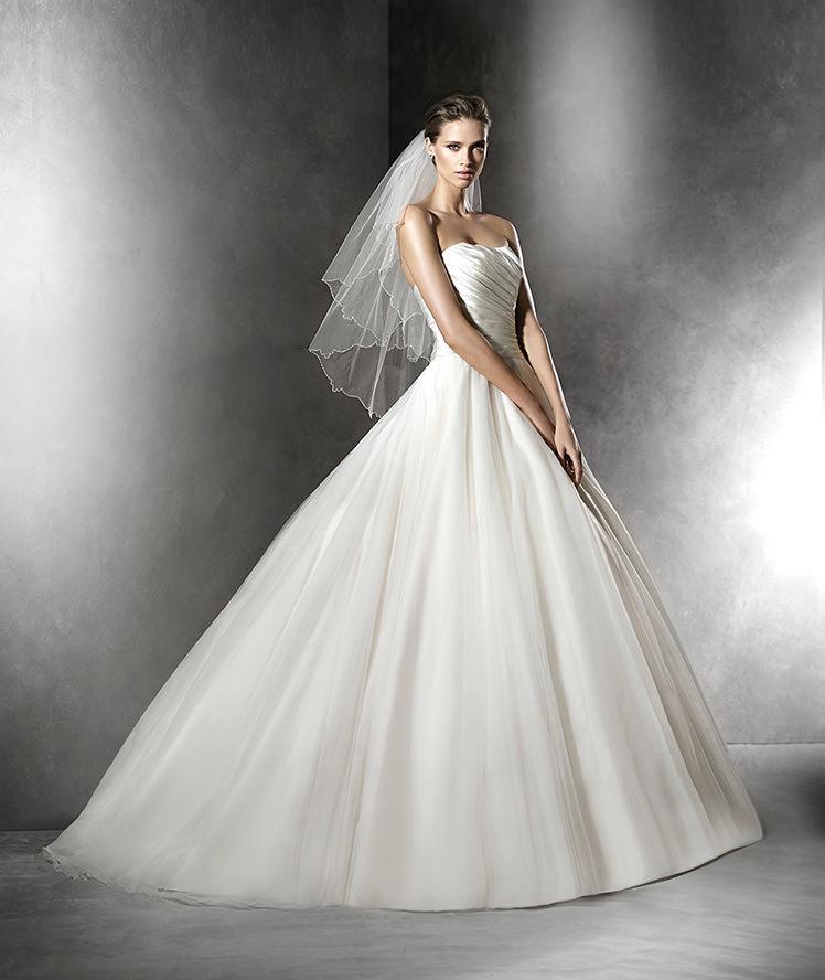 Pronovias Fashion Group 22239