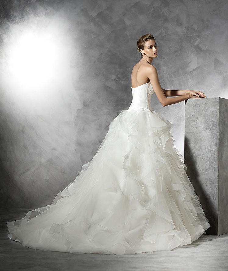 Pronovias Fashion Group 20366