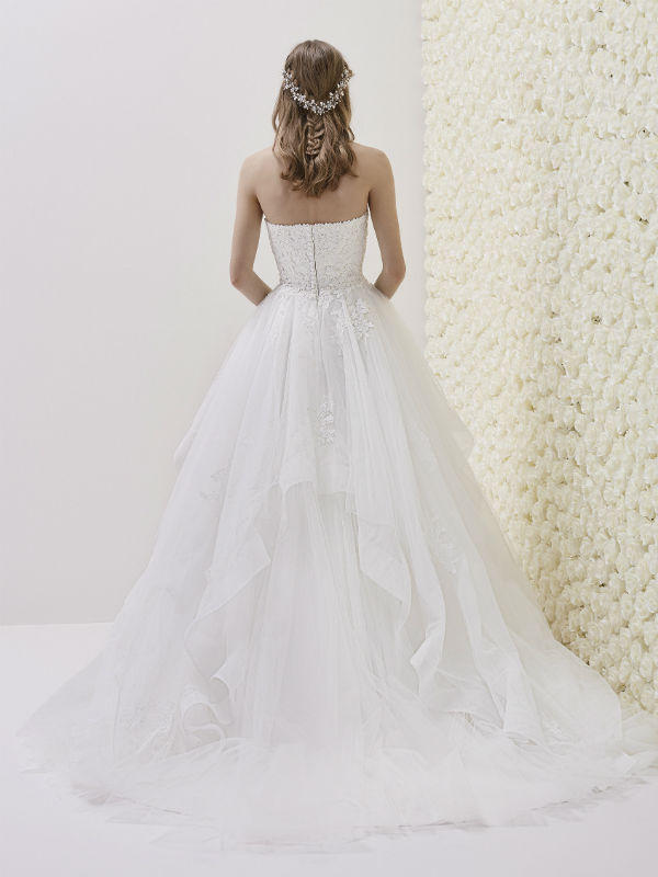 Pronovias Fashion Group 26984