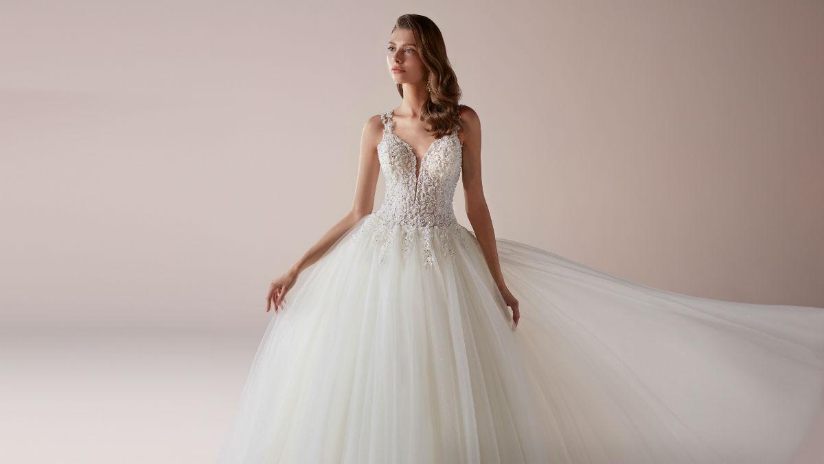 Nicole Milano collection Romance 27425